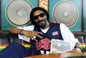 Snoop Dogg is now Snoop Lion